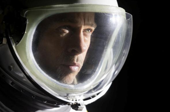 """בראד פיט ב""""אד אסטרה"""". מסע פיוטי ומהורהר בחלל"""