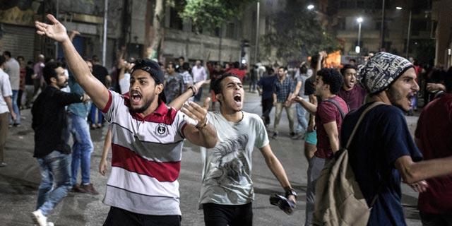 ההפגנות במצרים לא מסכנות את א-סיסי. בינתיים