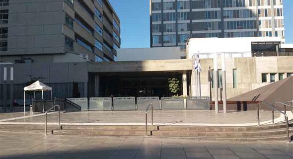 """בתי המשפט המחוזי והשלום בת""""א, צילום: מערכת זירת הנדל""""ן"""