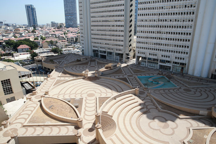 מבט מתוך מלון דן פנורמה אל נוה צדק , צילום: אוראל כהן