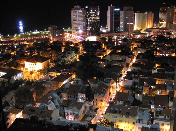 מתחם בית הטקסטיל בלילה , צילום: תיק תיעוד אדריכל איל מגדלוביץ
