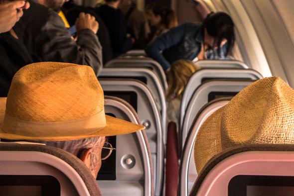 היערכו לירידה בנחת, בלי לקפוץ, צילום: Shutterstock