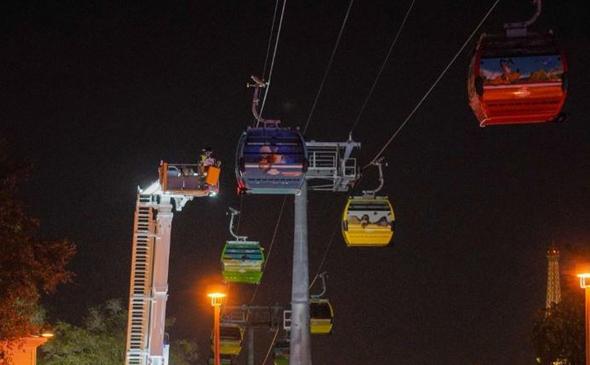 הרכבל התקוע בלילה, צילום: blogmickey.com