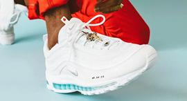נעלי ישו נייקי MSCHF 1, צילום: MSCHF Nike
