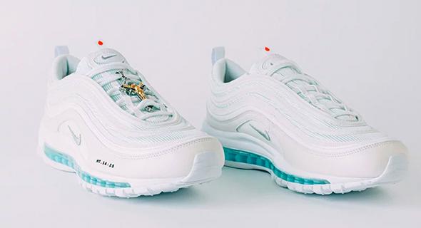 נעלי ישו נייקי MSCHF 3, צילום: MSCHF Nike