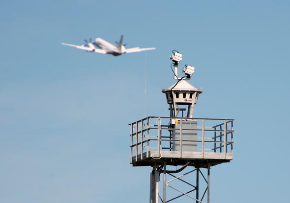 מצלמות על במה במקום מגדל פיקוח, צילום: Scandinavian Mountains Airport
