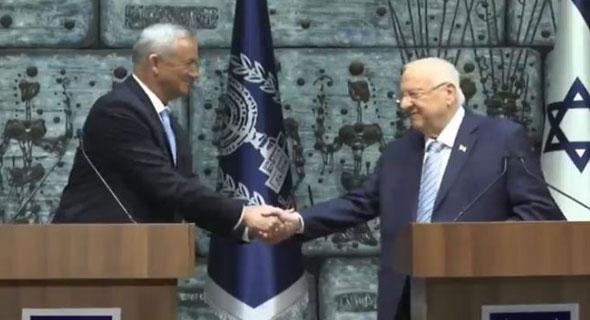 ריבלין מעניק את המנדט לגנץ, צילום: ynet