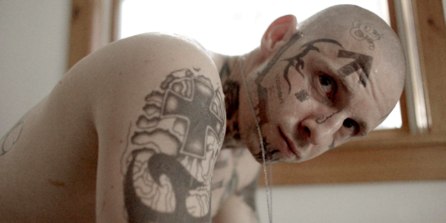 """""""סקין"""" של הבמאי גיא נתיב הוא סרט על שנאה שמובסת על ידי אהבה"""