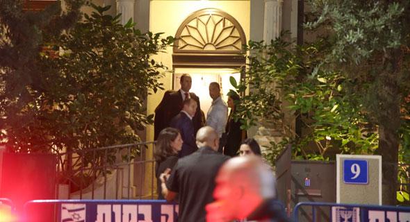 הכניסה לבית ברחוב ביאליק 9 בתל אביב, צילום: אוראל כהן