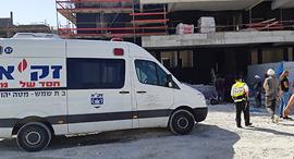 אתר בבית שמש שבו נהרג פועל, צילום: דוברות זק״א