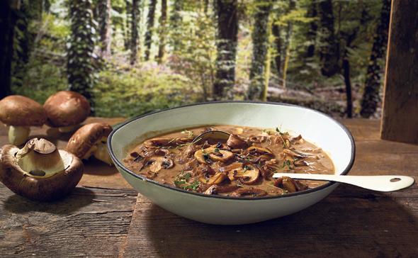 A bowl of soup. Photo: Dor Kedmi:
