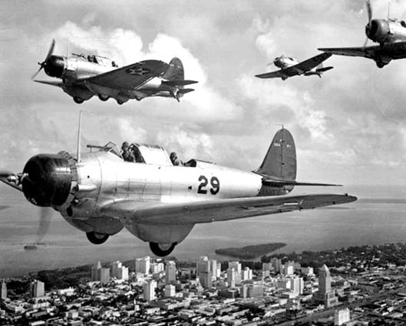 מטוס ה-BT1, אבי הדונטלס