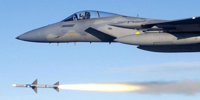 הקברניט טילים אוויר אוויר מטוס קרב, צילום: USAF