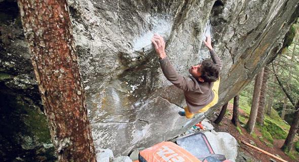 אלכס חזנוב מטפס קירות