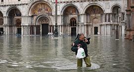 הצפות בוונציה, צילום: איי אף פי