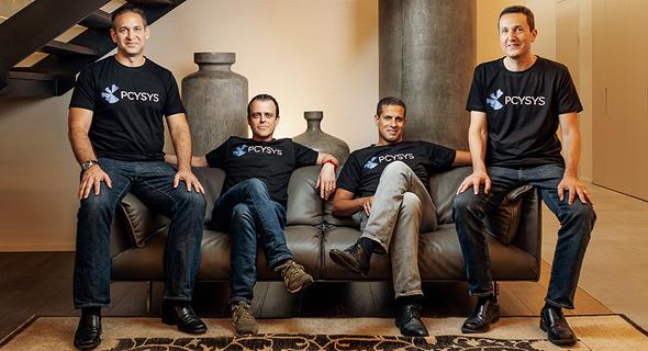 סגל פסייסיס. מימין: רן תמיר, אמיתי רצון, אריק ליברזון ואביב כהן