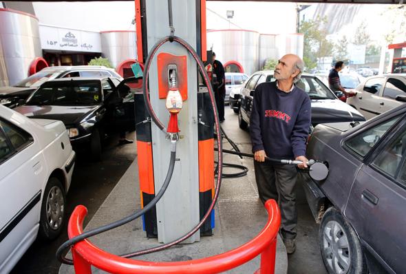 תחנת דלק באיראן