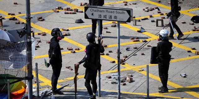 ההפגנות בהונג קונג הפילו אותה למיתון לראשונה מ-2009