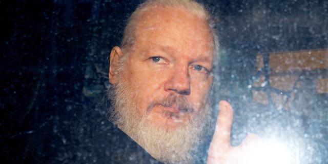 שבדיה: נסגר סופית תיק חקירת האונס נגד מייסד וויקיליקס, ג'וליאן אסאנג'