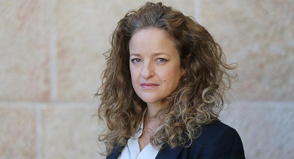 טלי הירש שרמן, מנהלת אגף במשרד בינוי