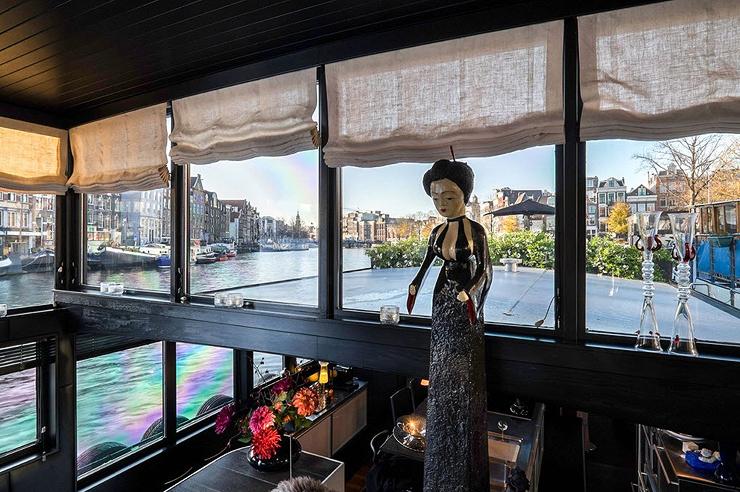 מבט אל תוך הסירה, צילום: Netherlands Sotheby