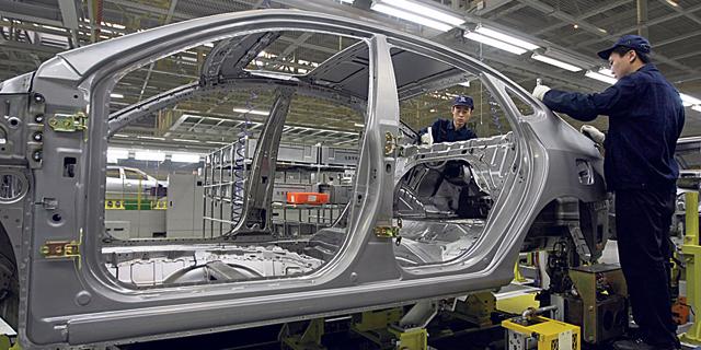 בגלל הקורונה: יונדאי עוצרת את הייצור בקוריאה