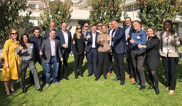 צוות אסטרזניקה ו- JVP סדנה לאיתור תחומי השקעה משותפים