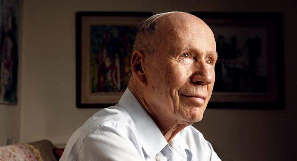 Former Bank of Israel governor David Klein. Photo: Alex Kolomoisky