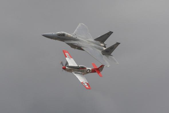בוכנה נגד סילון: מי ינצח? F15 ו-P51 מוסטנג, צילום: משאטרסטוק