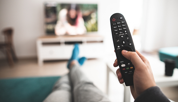 שלט רחוק לטלוויזיה חכמה, צילום: שאטרסטוק