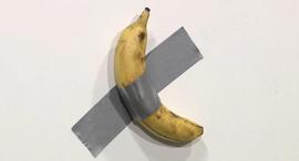 בננה מאוריציו קטלאן ארט באזל , צילום: CBS