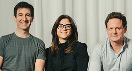 משמאל סקוט גלית, קרן לוי ודניאל סמדס, פיוניר, צילום: תומי הרפז