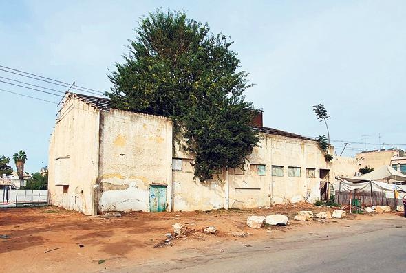 מבנה קולנוע גולן. 87 דירות ייבנו במקומו