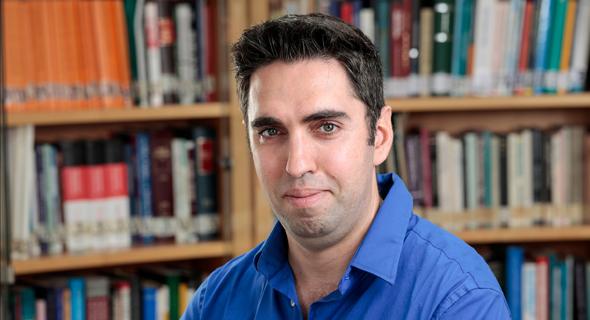 """ד""""ר איתן רגב, המכון הישראלי לדמוקרטיה, צילום: Eyal Granit"""