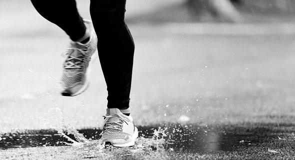 ריצה בגשם, צילום: Shutterstock