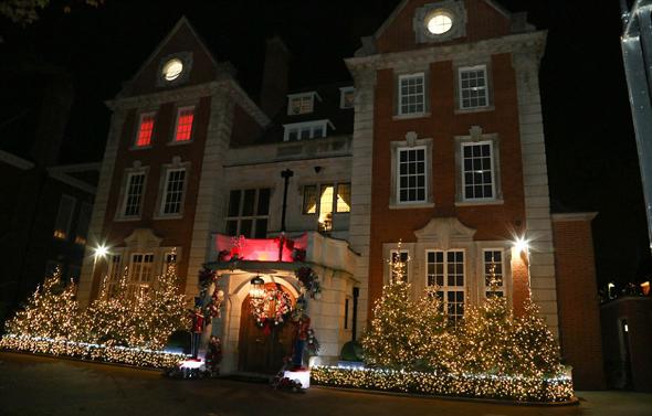 """הבית של תמרה אקלסטון ב""""שדירת המיליארדרים"""" בלונדון, צילום: Instagram"""