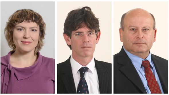 מימין: עורכי הדין מיקי שפיגלמן ,יורם זמיר וילנה וולוובסקי ממשרד שפיגלמן, קורן זמיר ושות'