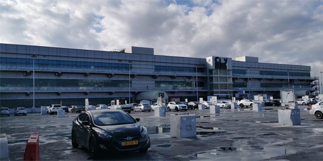 """המרכז המסחרי של צים בנוף הגליל, צילום: יח""""צ"""