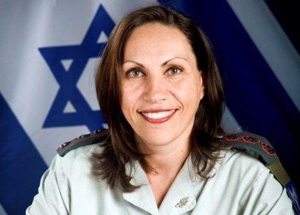 """הצנזורית הצבאית הראשית תא""""ל אריאלה בן אברהם"""