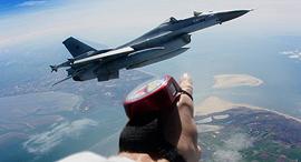הקברניט טייסים מטוסים טיסה, צילום: Foxtrot Alpha