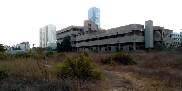 """24 שנה לאחר פינוי מפעל הנשק תעש מגן בת""""א, שיכון ובינוי תקים במקום 164 דירות להשכרה"""