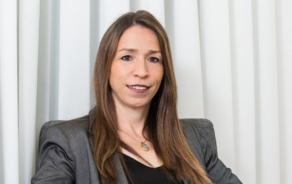 """חנה הולנדר מנכ""""לית בית ההשקעות אקסלנס, צילום: עודד קרני"""