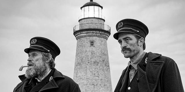 """בסרט """"המגדלור"""" של רוברט אגרס יש חזון ויזואלי יוצא דופן"""