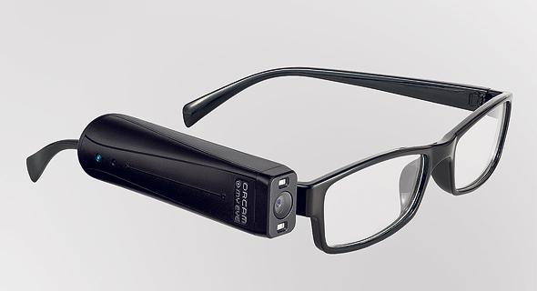 חברת אורקם של זיו אבירם ו אמנון שעשוע מייסדי מובילאיי פיתחה התקן ראייה יסייע ל עיוורים לקויי ראייה, צילום: ORCAM