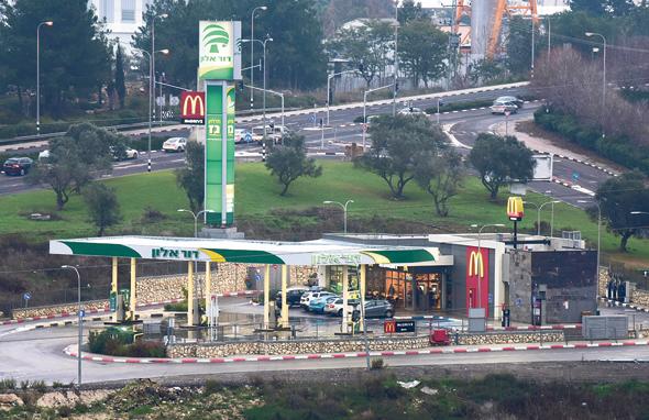 תחנת הדלק שבנה תאגיד בבעלות מעונה. מושבים רבים עשויים ליהנות מהתקדים
