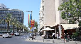 """רחוב אבן גבירול בת""""א, צילום: אוראל כהן"""