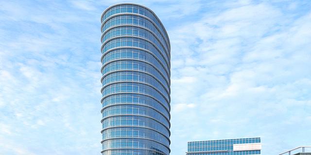 מגדל ביטוח תקים מגדל משרדים ומגורים באזור התעשייה בהרצליה