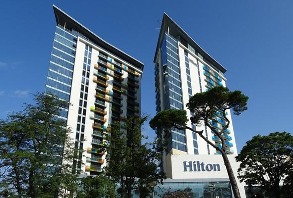 מלון הילטון בגיאורגיה. החברה חתומה על עסקת הניהול המלונאי הראשונה