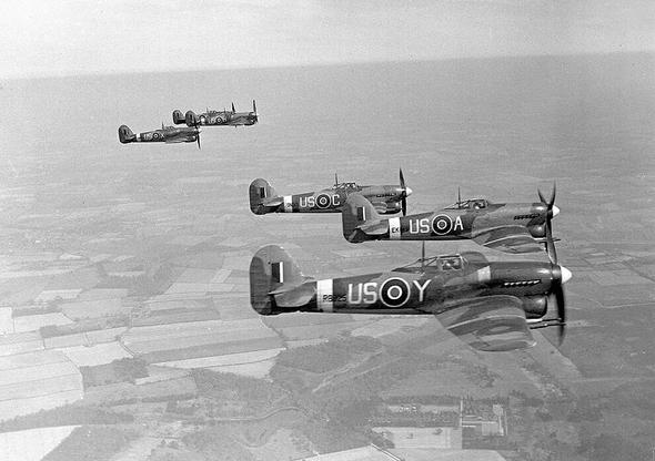 מטוסי טייפון באוויר, צילום: RAF