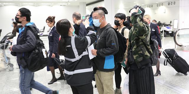 סין: זינוק במספר הקורבנות מנגיף הקורונה ל-56 בני אדם